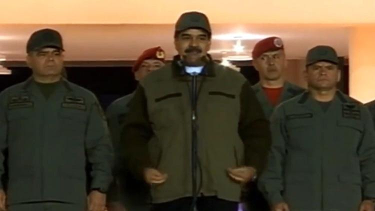 Maduro con militares