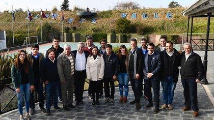 Fernández, Kicillof, Massa, Cecilia Moreau y otros referentes del Frente Renovador en Necochea