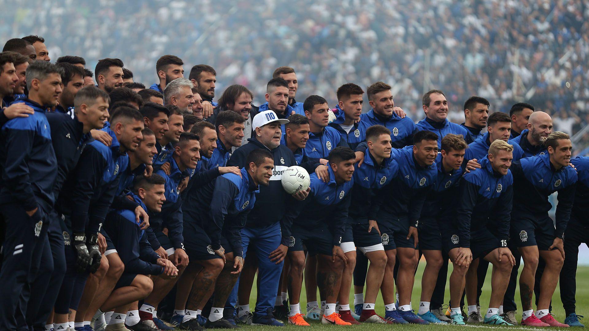 Soccer Football – Argentina – Juan Carmelo Zerillo Stadium, La Plata, Argentina – (REUTERS/Agustin Marcarian)