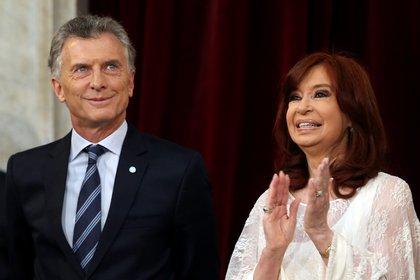 Cristina Kirchner y Mauricio Macri (REUTERS/Agustin Marcarian)