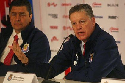 Ricardo Peláez emprendió una carrera como director técnico, actualmente se desempeña como director deportivo del Guadalajara (Foto: Fernado Carranza/ Cuartoscuro)
