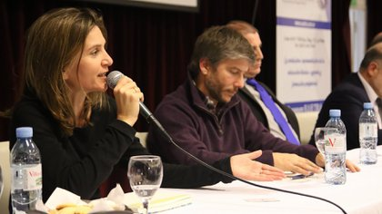 Fernanda Raverta en el debate de precandidatos este viernes (@FerRaverta)