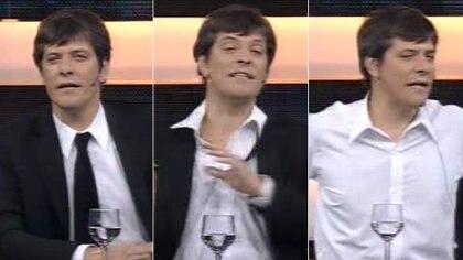 "Mario Pergolini y un acto simbólico: se quita el saco negro de ""Caiga Quien Caiga"" (Fotos: captura)"