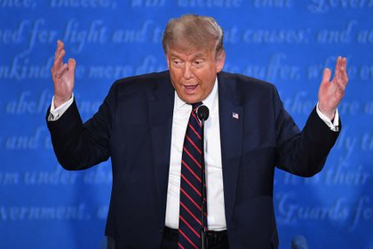 """Trump dijo: """"Nadie ha hecho más que yo. Pese a la mentira del juicio político, pese a muchas otras cosas""""."""