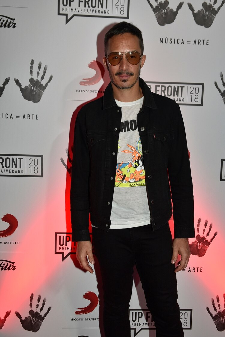 Emmanuel Horvilleur nominado como mejor estilo cantante masculino