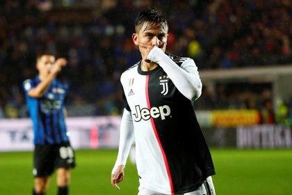 Dybala metió el tercer gol de la Juventus (REUTERS/Alessandro Garofalo)