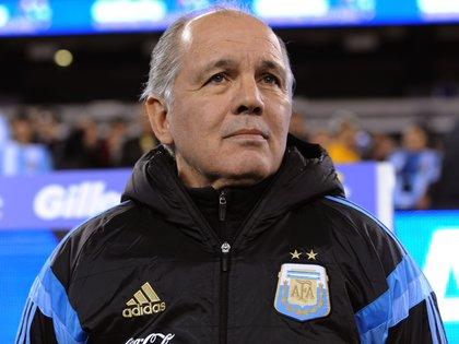 Alejandro Sabella también tendrá su homenaje (EFE/EPA/PETER FOLEY/Archivo)