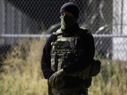 El Área 51, que el gobierno de EEUU dice que se utiliza para probar aeronaves y entrenar personal, está fuertemente custodiada (REUTERS/Jim Urquhart)