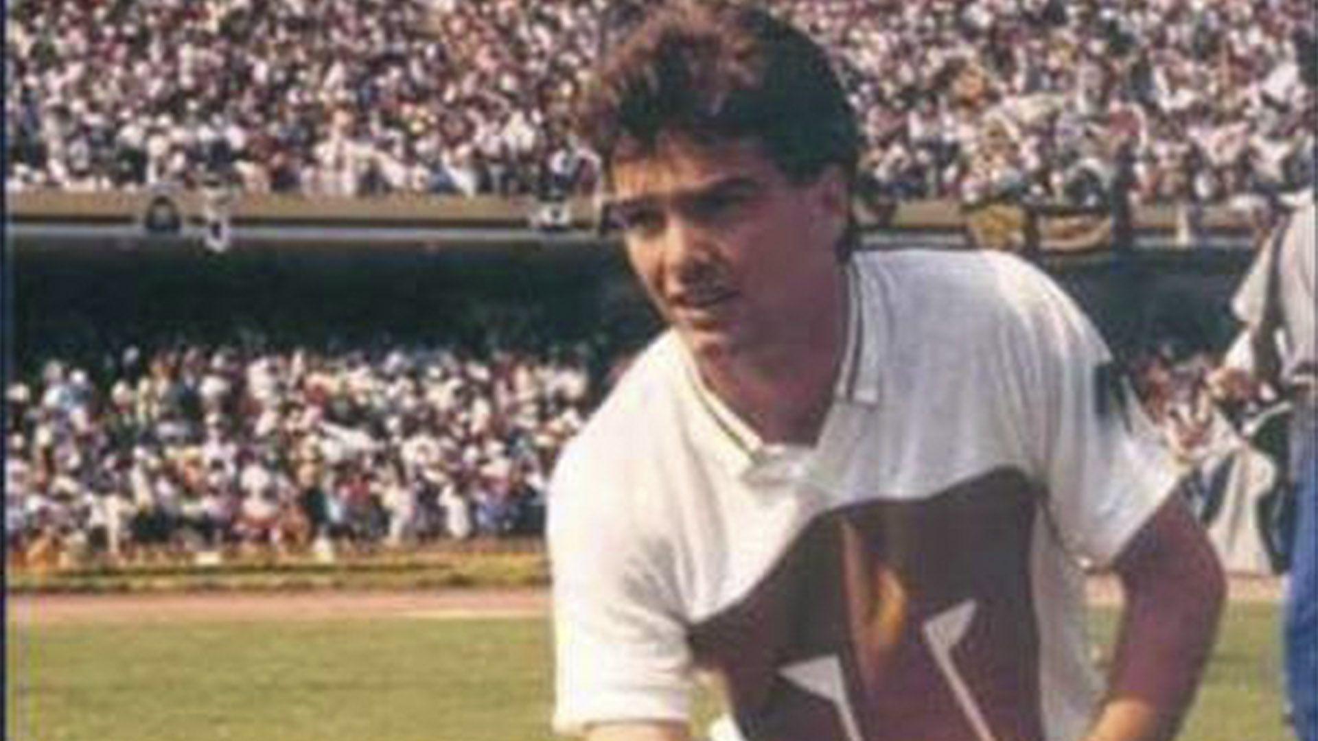 Luis García pumas (Foto: Twitter@Pumasgirls)
