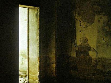 Una imagen del búnker, años después de su destrucción parcial.  Robert Conrad/Lumabytes  163