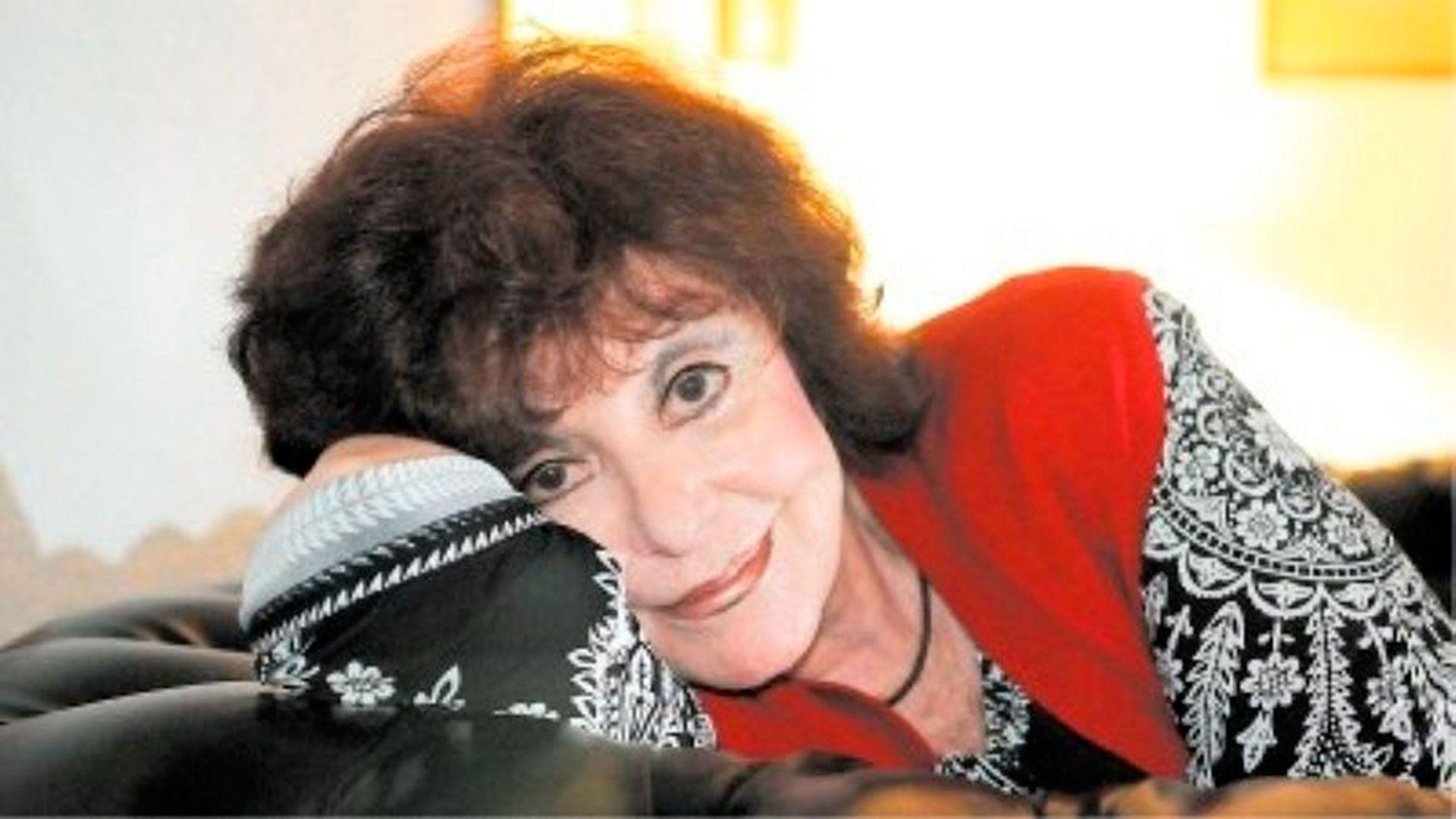 Dona Caroll, una artista de extensa trayectoria
