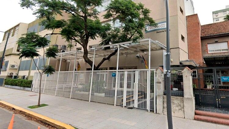 Las autoridades del colegio aislaron a los alumnos de manera preventiva