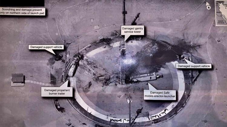 La imagen publicada por el presidente estadounidense Donald Trump, que muestra los daños sufridos en la plataforma de lanzamiento