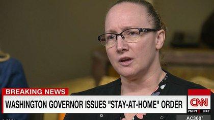 La enfermera Chelsey Earnest explicó los síntomas que pudo observar en los pacientes que padecen coronavirus COVID-19 (CNN)