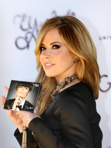 En los próximos días se estrenará el nuevo sencillo de Gloria Trevi con la cantante chilena Mon Laferte (Foto: EFE/ Mario Guzmán / Archivo)