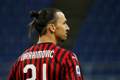 Zlatan estuvo en los planes de Leeds a comienzos de este año, pero finalmente eligió al Milan (Foto: Reuters)