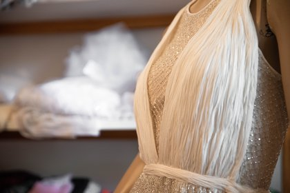 El detalle de red del vestido de Benito Fernández para Año Nuevo