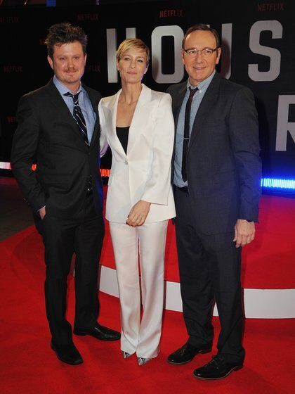 Beau Willimon, Robin Wright y Kevin Spacey (Dave J Hogan/Getty Images)