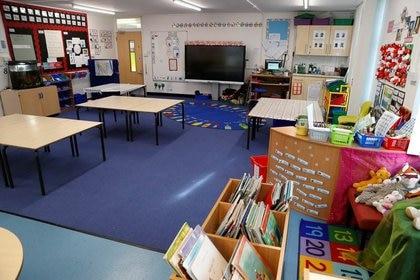 Moakes cree que el aerosol podría ser particularmente eficaz para que los niños regresen a las aulas de todo el país (REUTERS)