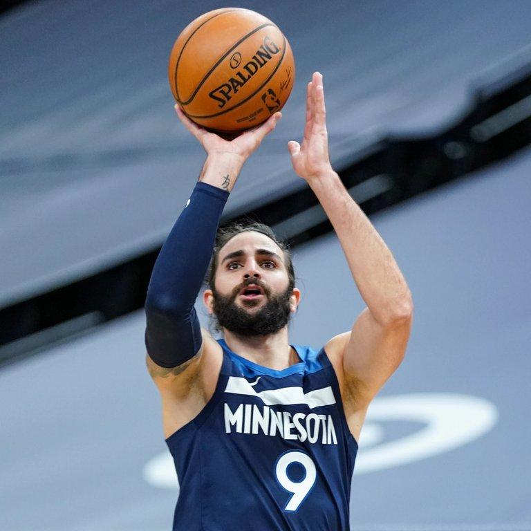Baloncesto/NBA.- Los Wolves de Ricky Rubio no pueden con el líder del Este