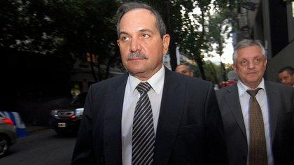 José Alperovich (Nicolás Stulberg)