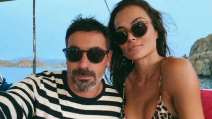 Polémica entre El Pocho Lavezzi y su novia: ella anunció la separación con fuertes posteos, pero él la desmiente y dice que la ama