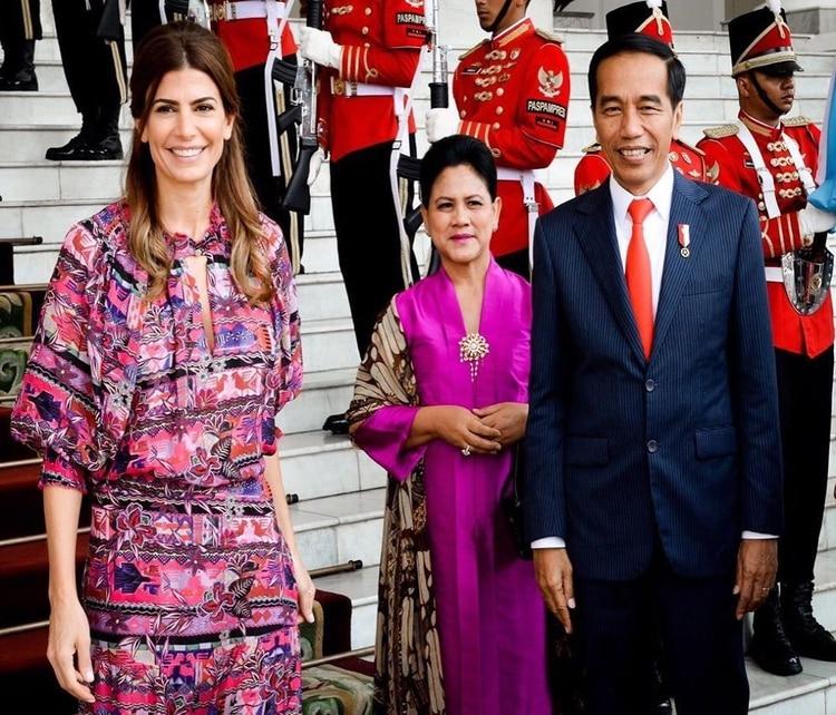 Una de las fotografías que Awada compartió en su cuenta de Instagram junto al primer mandatario indonesio y su mujer.