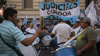 El gremio judicial pidió que continúe la feria extraordinaria (Adrián Escandar)