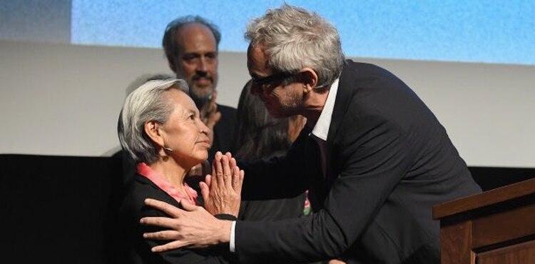 """Liboria Rodríguez y Alfonso Cuarón durante la presentación de """"Roma"""" en Nueva York (Foto: @WaldirOchoa)"""