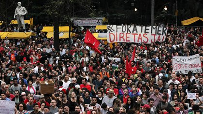 Una protesta en Brasil, uno de los países con menor apoyo a la democracia