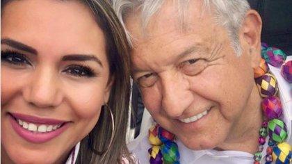 Quien es Evelyn Salgado, posible sustituta de su padre en la gubernatura por Guerrero (Foto: Facebook /@ evelyn.salgado.54966)