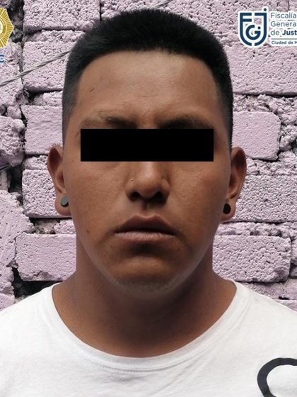 El hombre de 20 años fue detenido Foto: (Fiscalía CDMX)