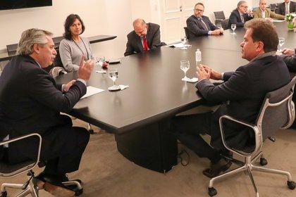 Alberto Fernández en la reunión con los empresarios de Vicentin que se llevó a cabo en la Quinta de Olivos (EFE)