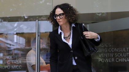 La vicejefa de Gabinete, Cecilia Todesca, reiteró las consecuencias negativas que generaría una devaluación brusca de la moneda