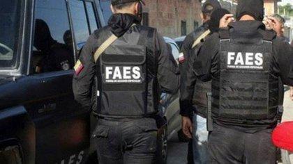 Miembros de las FAES