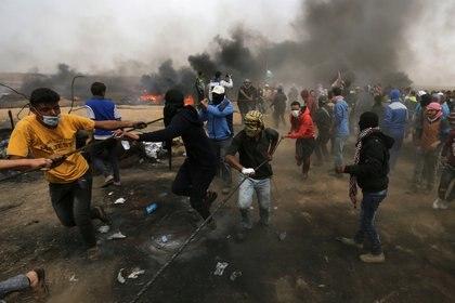 Violentas protestas en Gazaen la semana que EEUU trasladó a Jerusalén su embajada en Israel (Reuters)