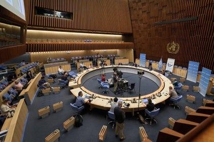 Vista general durante una conferencia de prensa de la Organización Mundial de la Salud (OMS) en Ginebra (Fabrice Coffrini/ Pool vía Reuters)