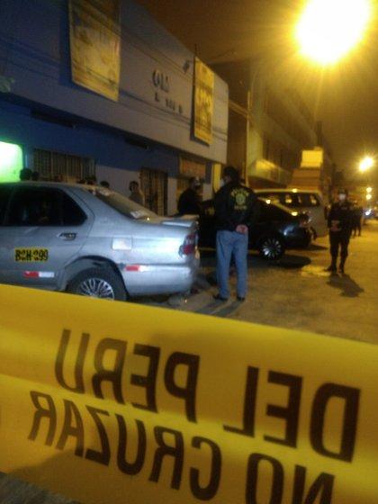 Inmediaciones de la discoteca en Lima
