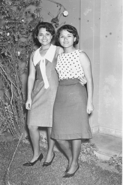 María Emilia y su hermana gemela Ana