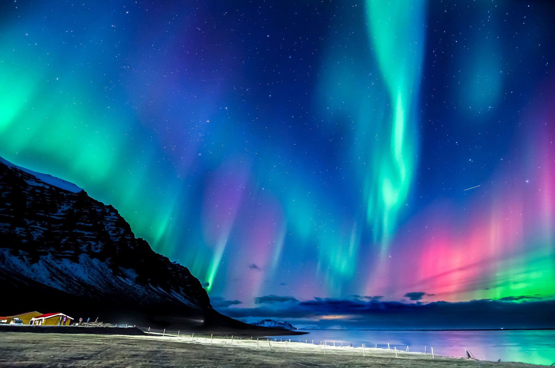 Las auroras boreales en Islandia (Shutterstock)