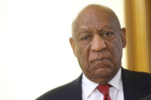 Bill Cosby tras escuchar el veredicto del jurado, que lo declaró culpable de agresión sexual contra Andrea Constand, el 26 de abril de 2018 en Norristown, Pensilvania (GETTY IMAGES NORTH AMERICA/AFP – Mark Makela)
