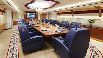 El comedor del Boeing 747-8 BBJ del Emir de Qatar
