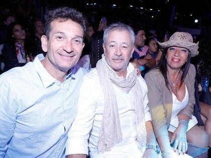 Daniel Noguera junto a Juan Carlos Mingote y Silvia Lorenzo, dueños de Renata Emprendimientos