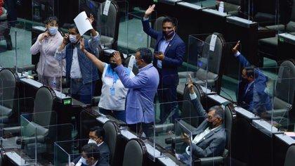 """TEPJF perfila ratificar decisión del INE de regular a partidos en San Lázaro para evitar mayorías """"artificiales"""""""