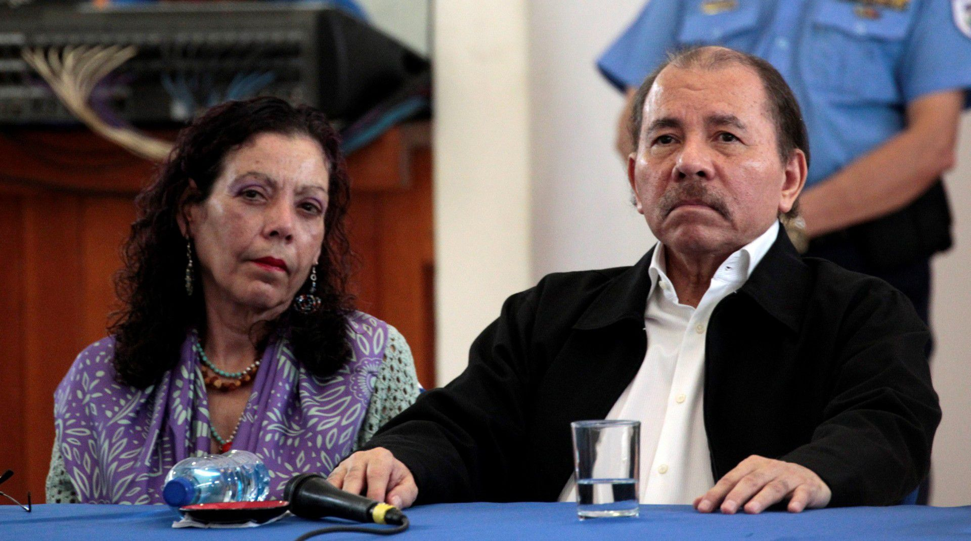 El presidente de Nicaragua, Daniel Ortega, y su esposa, la vicepresidente Rosario Murillo (REUTERS/Oswaldo Rivas)