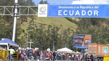 La oposición venezolana le agradeció a Guillermo Lasso por querer regularizar a los migrantes en Ecuador