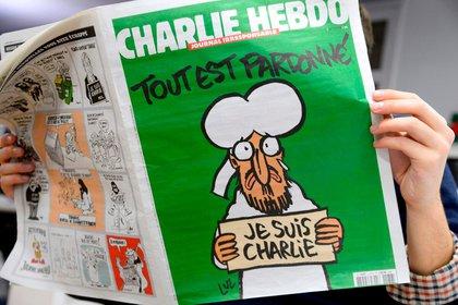 La tapa de la revista Charlie Hebdo por la que los yihadistas continúan atacando en Francia.