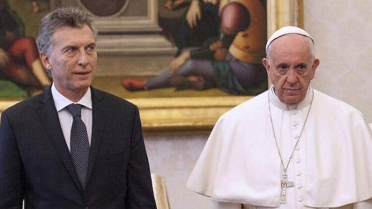Mauricio Macri y Francisco durante su primer encuentro en el Vaticano