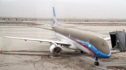 El aeropuerto de San Carlos de Bariloche permaneció cerrado 7 meses hasta que instalaron un radar detector de cenizas y pudo operar