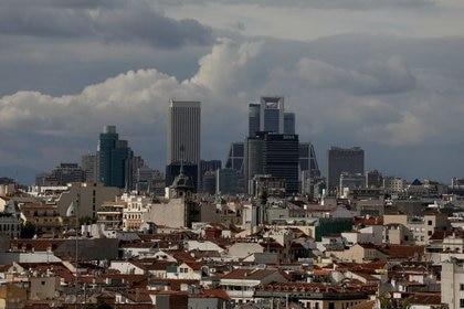 FOTO DE ARCHIVO: El distrito financiero de Madrid, el 4 de junio de 2018. REUTERS/Sergio Pérez